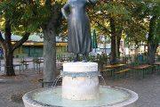 Liesl Karlstadt Brunnen am Viktualienmarkt - München